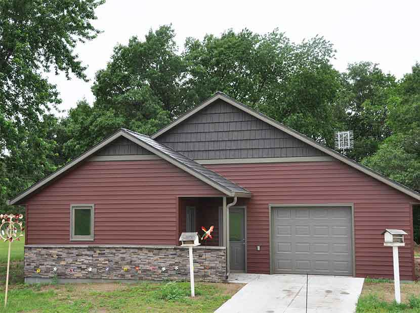 Brick And Stone Siding Options Eau Claire Black River